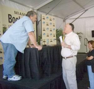 Jeff Lindsay at the Miami Book Fair International, Photo by Marla E. Schwartz