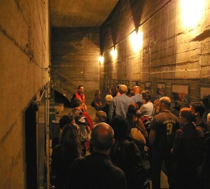 Berlin Underground Tours to experience the horrors of WWII bombing raids through the eyes of German civilians.   Images © Berliner Unterwelten e.V.