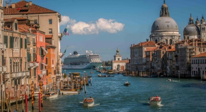 Viking Star in Venice