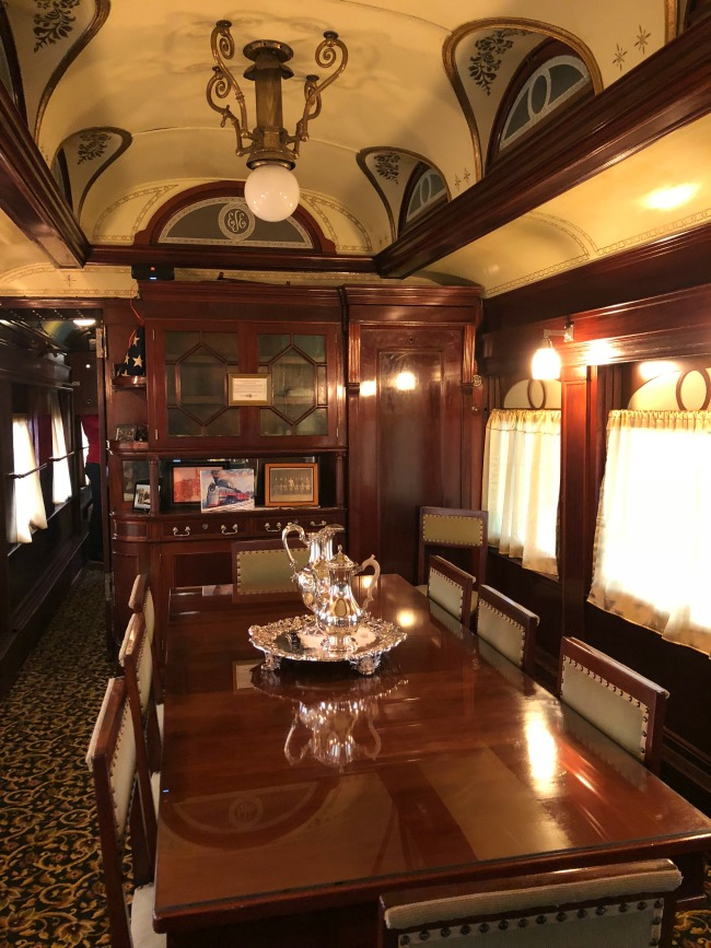 Presidential Parlor Car at Doolittle's on AroundWellington